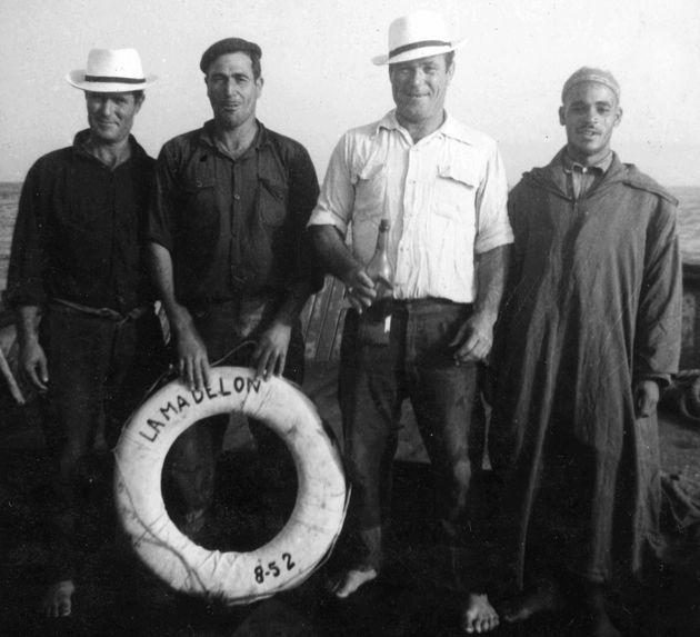 avec une photo de membres de l'équipage qui m'avait été transmise par M. du Pasquier