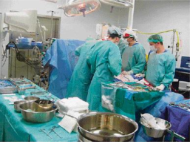 Le ministère de la Santé relance l'opération d'inspection des cliniques. Louardi avait été soupçonné d'enterrer le dossier