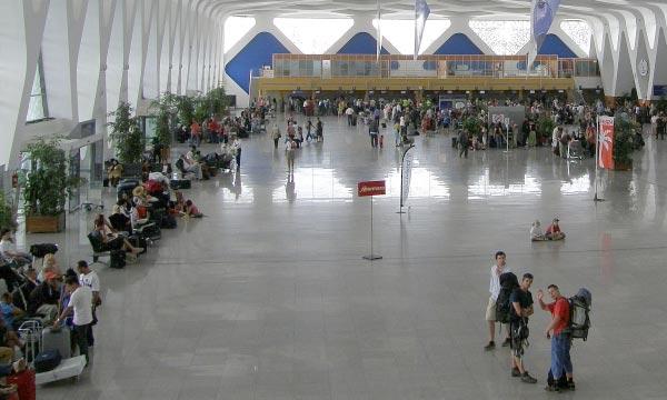 es aéroports ont enregistré, en juin 2013, un volume de trafic commercial de 1,402 million passagers, soit une nette augmentation de 12,59% par rapport à la même période de l'année 2012. (Photo : cityscapes.ma)
