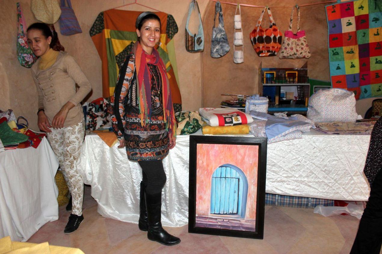Ard Al Atfal, Terre des Enfants :Samira, peintre, couturière...