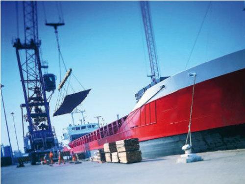 Le ministère de l'Équipement, du transport et de la logistique et l'Association professionnelle des agents maritimes, consignataires de navires et courtiers d'affrètements du Maroc (APRAM) ont convenu mercredi à lancér prochainement une étude pour le développement du secteur maritime. /DR
