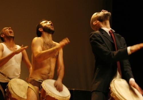 La troupe Boa Compahnia de l'Université brésilienne de São Paolo avait remporté le grand prix de l'édition 2013 du FITUA, pour sa pièce 'Primus'. /DR