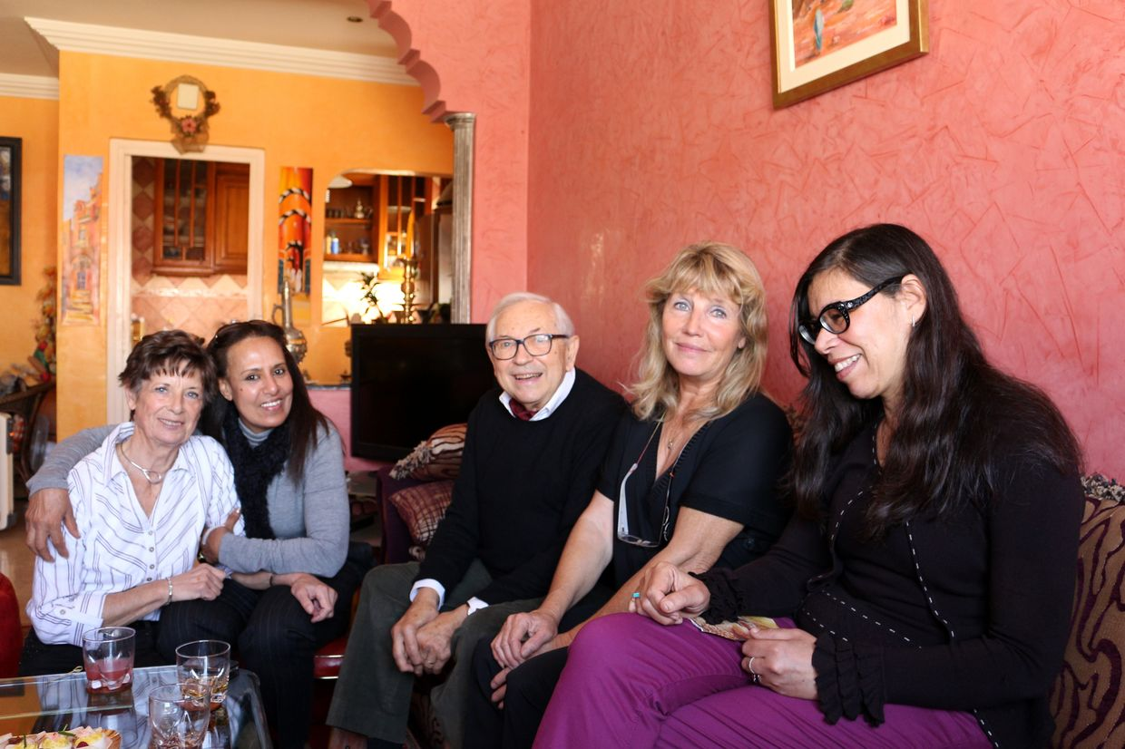 Nicole, Fatima, Michel et son épouse Chantal, Fairouz