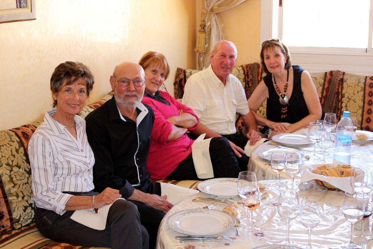 De gauche à droite : Nicole, Christian Martinez, Marie-France et Jean-Jacques Lecreux, et Régine