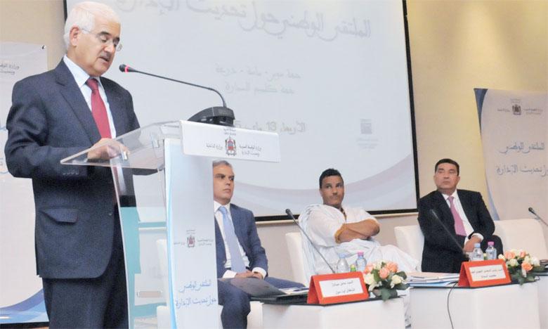 Mohamed Yazid Zellou, wali de la région Souss-Massa-Draâ, s'exprimant lors de la rencontre. Ph. Aberbri